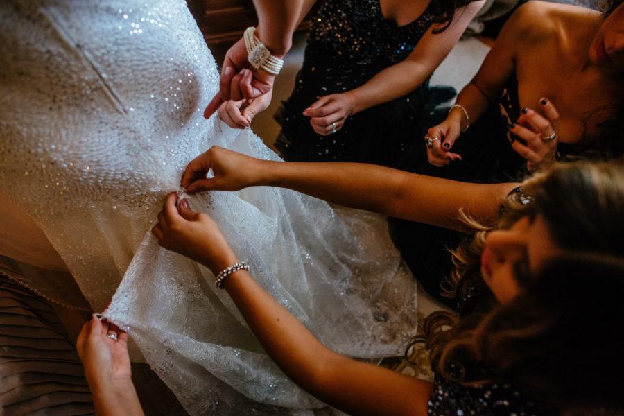 The Dress | Montreal Wedding Photographer